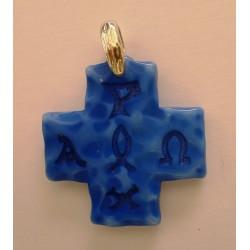 Cruz de resina alfa y omega azul con engarce de plata, 3,5x3,5.