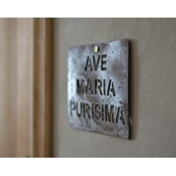 Cuadro Ave María Purísima, de chapa oxidada.